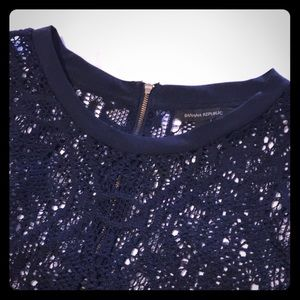 Banana Republic Navy Lace Crochet Tee Size Small